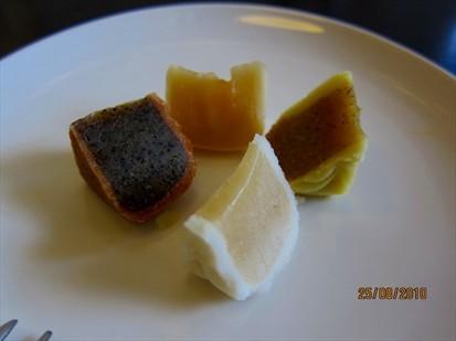 Samples of mooncake