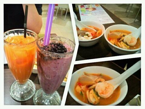 Seafood Combo Tom Yum Soup