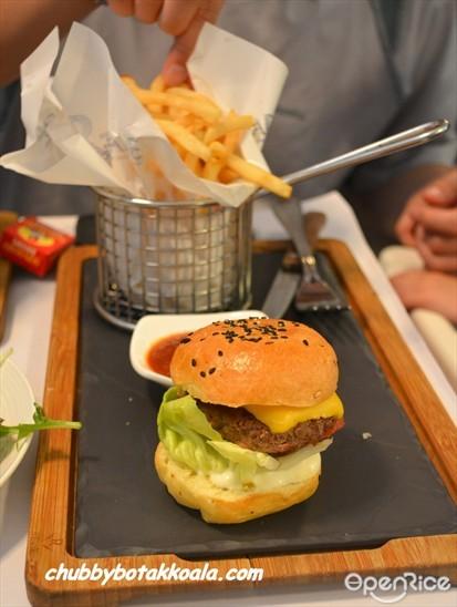 Mini Beef Cheeseburger