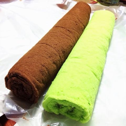 Chocolate & Pandan Kaya Swiss Roll