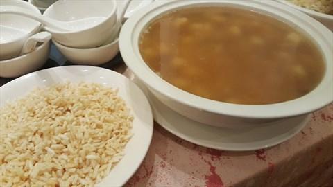 Crispy Rice In Seafood Soup, 金银海鲜泡饭